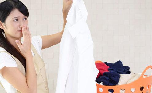eliminare odori dai tessuti